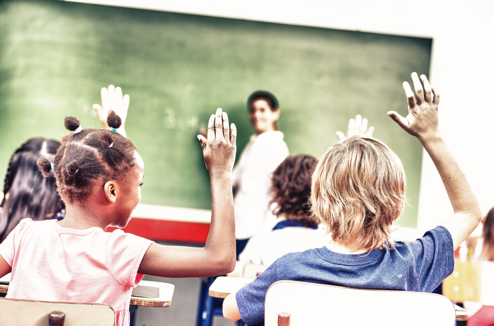 Image d'étudiants en classe.