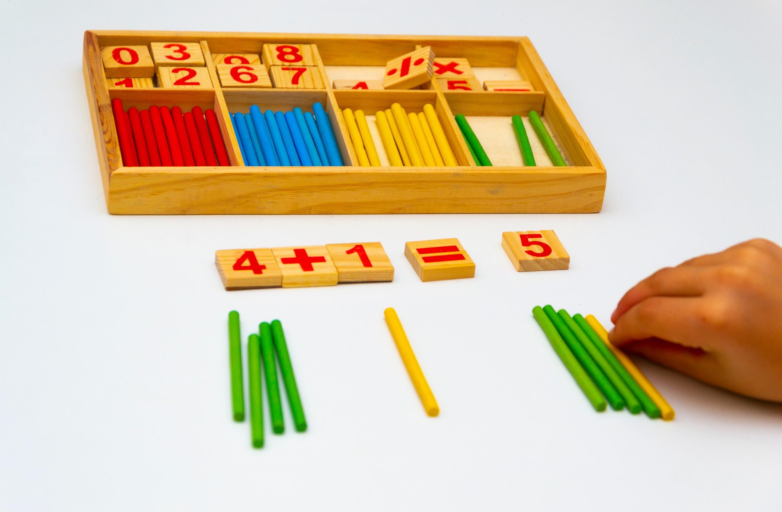 Utilisation de matériel de manipulation pour appuyer l'apprentissage des mathématiques à la maison